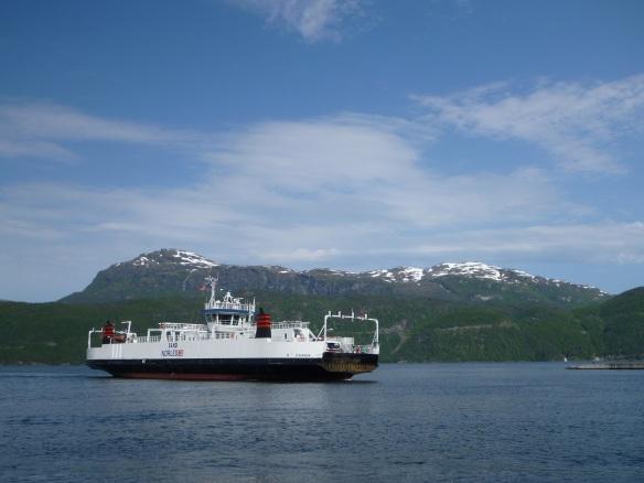 Ferry vor Schneeberg