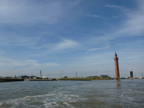 160724_Grimsby Lock with Lighthouse