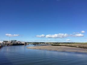 Amble Hafeneinfahrt bei Niedrigwasser